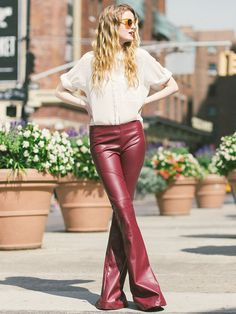 Leather flare pants http://www.ateliedecalcas.com.br/imagem/produto/calca-nova-iorque-vinho-vinho-big-4-1445032947.jpg