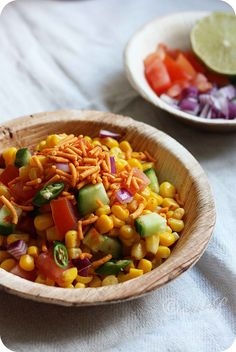 Learn how to make Spicy Corn Chaat or Spicy Corn Salad ~ Quick and simple healthy snack of sweet corn in a lime and chaat masala dressing . Indian Salads, Indian Appetizers, Indian Snacks, Indian Dishes, Veg Recipes, Indian Food Recipes, Salad Recipes, Cooking Recipes, Recipies
