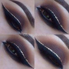 Brown Smokey Eye + Gold Glitter Eyeliner: