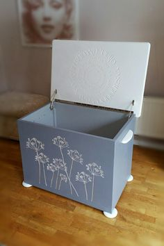 Silver cow Parsley cut in grey blanket box. Personal inscription on inside of lid in concentric circles. blanket box, cnc, interior, interior design, home decor, Carved storage box, carved blanket box.
