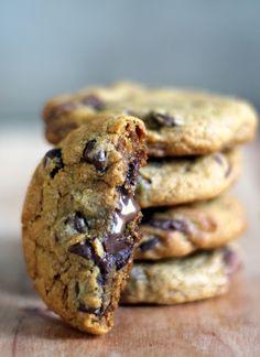 Nutella Stuffed Pumpkin Chocolate Chip Cookies