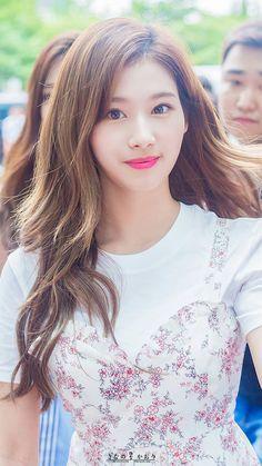 Kpop Girl Groups, Korean Girl Groups, Kpop Girls, Nayeon, Korean Beauty, Asian Beauty, Beautiful Asian Women, Beautiful People, Korean Street Fashion