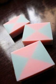クロス模様 お気に入りのデザイン石鹸 No.82|新潟 手作り石鹸の作り方教室 アロマセラピーのやさしい時間