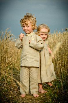 Natalia Polibinа - children in a field