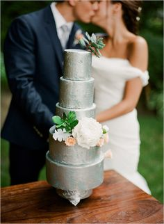 Stylish Eco Friendly Wedding Ideas silver and gold details