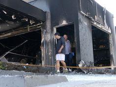 CONEXÃO BOMBEIRO : Incêndio destrói loja de móveis planejados em Jund...