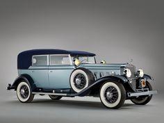 1939 Cadillac V-12 Sedan