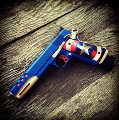 Custom Pistol of Captain America Custom 1911, Custom Guns, Weapons Guns, Guns And Ammo, Airsoft, Tac Gear, Cool Guns, Panzer, Tactical Gear