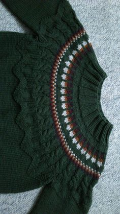 Knitted sweater into the woods...