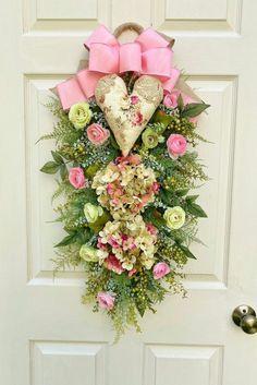 Pink Heart Wreath Swag Deco Mesh Wreaths, Door Wreaths, Heart Wreath, Valentine Wreath, Valentines Day Decorations, Pink Christmas, Summer Wreath, How To Make Wreaths, Diy Wreath