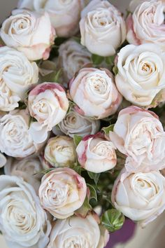 Rose Wedding, Wedding Flowers, Pink Roses, Pink Flowers, White Spray Roses, Iphone Homescreen Wallpaper, Pink And White Weddings, Planting Roses, Floral Photography