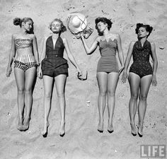 Beachwear/swimsuit models in 1950. These models are clearly thin, but their legs look larger than the ones seen in ads today, which are thinned using Photoshop. Plus, they still have natural knees!