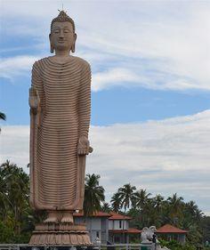 Buddha-staty på Sri Lanka