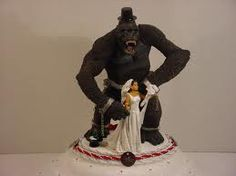 king kong wedding cake topper wedding cakes wedding and cakes on 16642