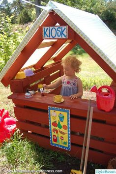 Outdoor Fun For Kids Backyard Playground Backyard Play, Backyard For Kids, Diy For Kids, Outdoor Play Spaces, Outdoor Fun, Outdoor Pallet, Playhouse Outdoor, Pallet Playhouse, Kids Play Area