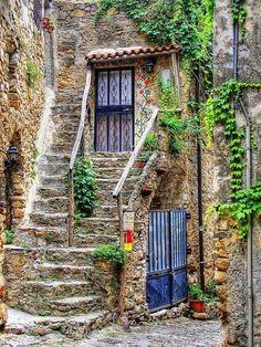 scent-of-me: Bussana Vecchia, Sanremo, Italy