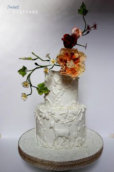Pure, White and quiet wedding cake Inspired by Maggie Austin bas-relief technique