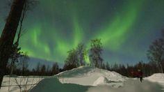 (歐雅旅遊2012/3/2芬蘭破冰團)  傳說見到極光的人,就能獲得最美好的幸福....希望見到照片的各位也能一同分享!— 在Rovaniemi, Lapland。