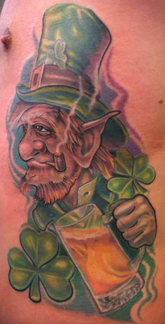 Irish leprechaun tattoos are the legendary tattoos mainly in Ireland. Leprechaun tattoo is normally credited with good, that's why decorated with a clover. Scary Leprechaun, Leprechaun Tattoos, Irish Leprechaun, Mythology Tattoos, Best Tattoo Designs, Celtic Tattoos, Goblin, Tattoos For Guys, Hare