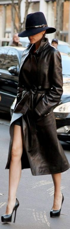 ~ ♥ ~ SEX AND THE CITY 2 ~ ♥ ~   ***Leather Trench***