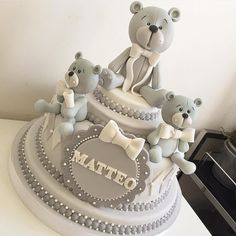 Teddy cake toppers