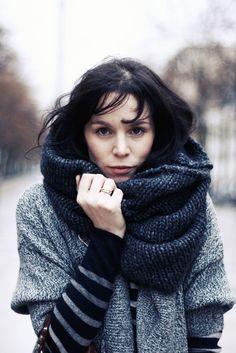 Infinity Scarf. Knit. Grey.