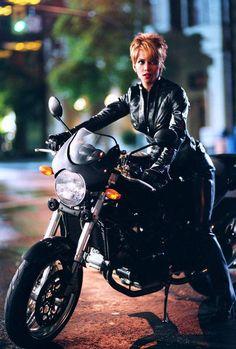 Catwoman (Halle Berry) - Batman Wiki