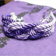 http://www.alittlemarket.it/braccialetti/charm_braccialetto_in_cordoncino_di_raso_viola_e_glicine-5844247.html