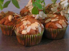 Les gourmandises de Lydie: Muffins aux fleurs d'acacia et amandes (Thème du muffin monday #37)