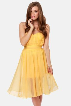 Check it out from Lulus.com! Take your seat at the head of the table with your sparkling tiara and the Blaque Label Guest of Honor Strapless Yellow Dress to float into waves of color around you!