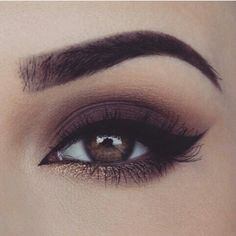 makeup, eye, and eyes Bild