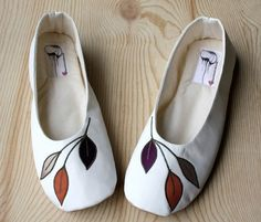 Learn how to make these gorgeous hand made flats.