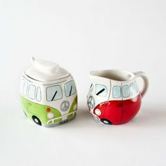 AmazonSmile: Volkswagen style Van Car Sugar and Creamer Set: Kitchen & Dining