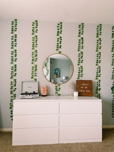 Cute Bedroom Decor, Bedroom Decor For Teen Girls, Room Ideas Bedroom, Teen Room Decor, Bedroom Inspo, Pink Teen Bedrooms, Ikea Bedroom, Bedroom Inspiration, Bedroom Furniture
