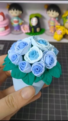 Fantástico DIY- Blue Rose By Clay A simple tutorial to show you how to DIY. Diy Crafts For Gifts, Diy Arts And Crafts, Creative Crafts, Fun Crafts, Crafts For Kids, Paper Crafts, Simple Crafts, Polymer Clay Crafts, Diy Clay