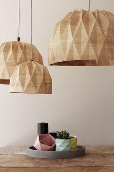 XL-Origami-Lampe XL Wood Print hängen von TweelingenHomeDecor