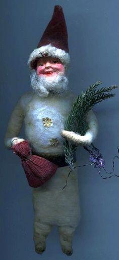 Hübscher alter Watte Weihnachtsschmuck  Nikolaus. (Pretty old cotton Christmas carnival Nikolaus.)