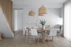 Dining Room Design, Dining Room Table, Kitchen Design, White Round Dining Table, Modern Dining Room Lighting, Dining Table Lighting, Coastal Lighting, Dining Room Inspiration, Interior Design Tips