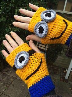 minion mittens crochet pattern – Knitting Tips Minion Crochet Patterns, Minion Pattern, Crochet Mittens Pattern, Crochet Gloves, Cute Crochet, Crochet For Kids, Crochet Crafts, Crochet Projects, Knit Crochet