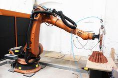 fabclay : kuka robot printing ceramic