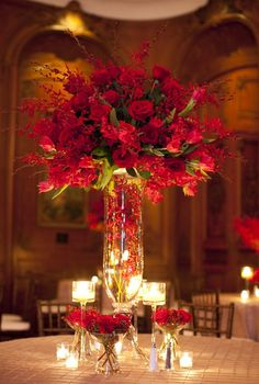 Tablescape ● Floral Centerpiece ● stunning red