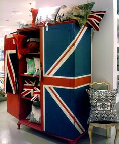 Union Jack wardrobe/armoire Brit tastic. all things union jack