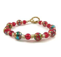 New to VintageVegasGems on Etsy: Vintage Red Beaded Bracelet (4.00 USD)