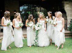 Photography: Kelli Elizabeth - kellidurham.com Floral Design: Bows And Arrows - bowsandarrowsflowers.com Wedding Dresses: Casa De Novia - casadenoviabridal.com   Read More on SMP: http://www.stylemepretty.com/2016/01/28/houston-oaks-country-club-wedding/