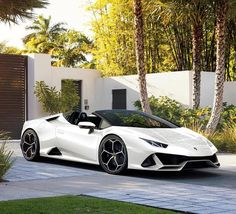 25 Inspirational Luxury Car Photo's of March · TPOInspiration. 25 Inspirational Luxury Car Photo's of March · TPOInspiration. Luxury Sports Cars, New Sports Cars, Best Luxury Cars, Sport Cars, Huracan Lamborghini, Sports Cars Lamborghini, Ferrari Car, Maserati, Supercars