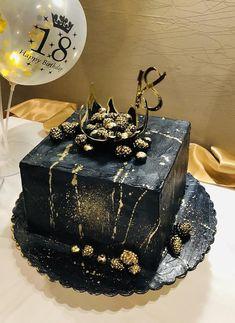 Birthday cake for my son ❤️❤️❤️ Elegant Birthday Cakes, Beautiful Birthday Cakes, Birthday Cakes For Women, Beautiful Cakes, Amazing Cakes, Black And Gold Birthday Cake, Black And Gold Cake, Money Birthday Cake, Square Birthday Cake