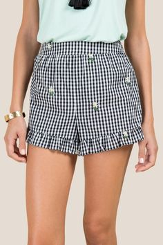The Mirabel Embroidered Gingham Soft Shorts features daisies. Jumpsuit Outfit, White Jumpsuit, Fashion 2018, Fashion Outfits, Womens Fashion, Summer Outfits, Cute Outfits, Gingham Skirt, Fancy Shoes