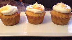 Flan Cupcakes (oh yeah! these cupcakes have flan piped into them!)