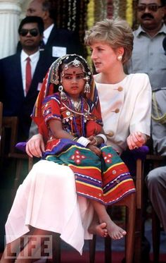 February 14 1992 Diana visits Lallapet High School in Hyderabad, India
