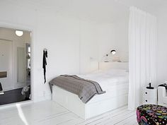 Gravity Home: How to divide a studio apartment with a curtain One Room Apartment, Studio Apartment, Apartment Design, Small Space Living, Tiny Living, Small Spaces, Stockholm Apartment, Tiny Apartments, Compact Living